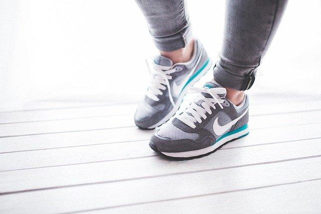 נעלי נייק הן כבר מזמן לא רק נעלי ספורט: טרנדים אופנתיים בעולם הספורט